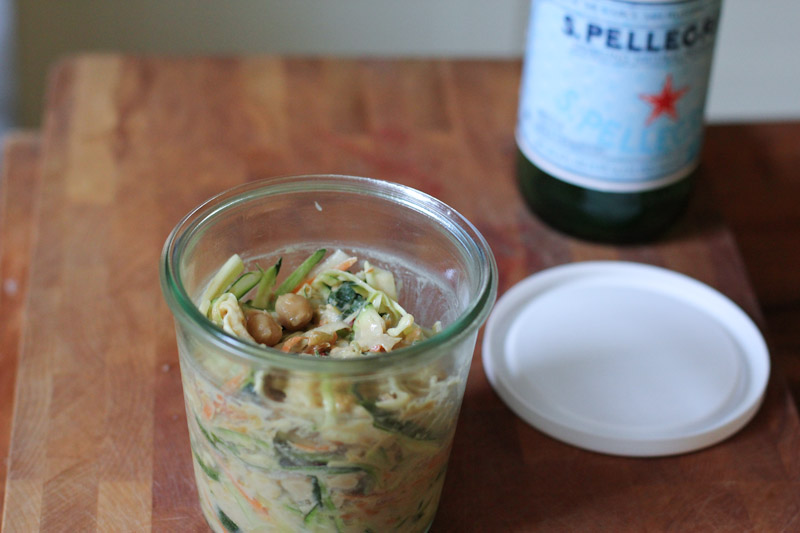 Zucchini Noodle Salad with Spicy Peanut Sauce in a Weck Jar
