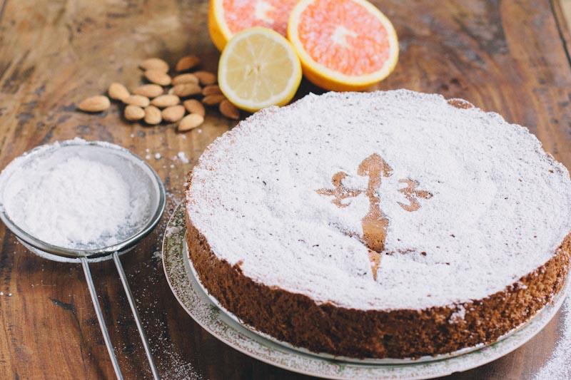 Tarta de Santiago Almond Cake Recipe