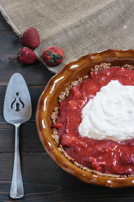 Strawberry Rhubarb Freezer Pie Recipe with Gingersnap Crust