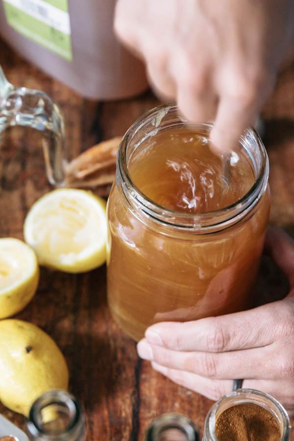 Caramel Apple Cider Cocktail Recipe