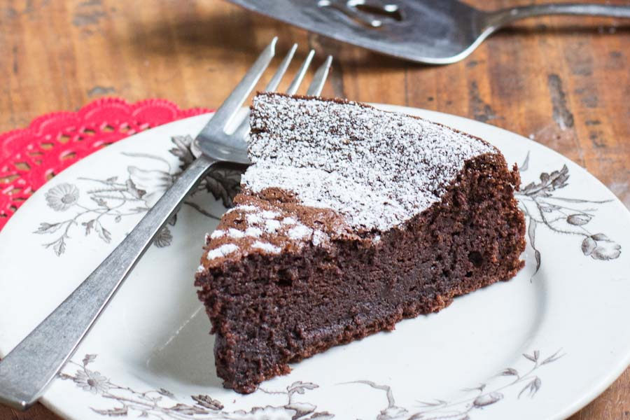 Valentines Day Flourless Chocolate Cake Recipe | Vintage Mixer