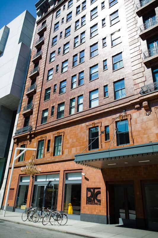 21 C Hotel in Cincinnati • theVintageMixer.com