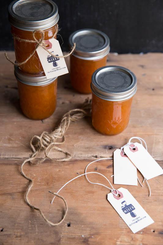 Maple Vanilla Apricot Jam Recipe • theVintageMixer.com #canningweek