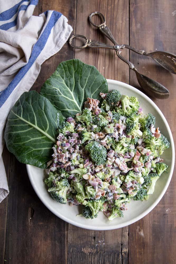 Healthy Broccoli Salad Recipe • theVintageMixer.com #healthy #salad