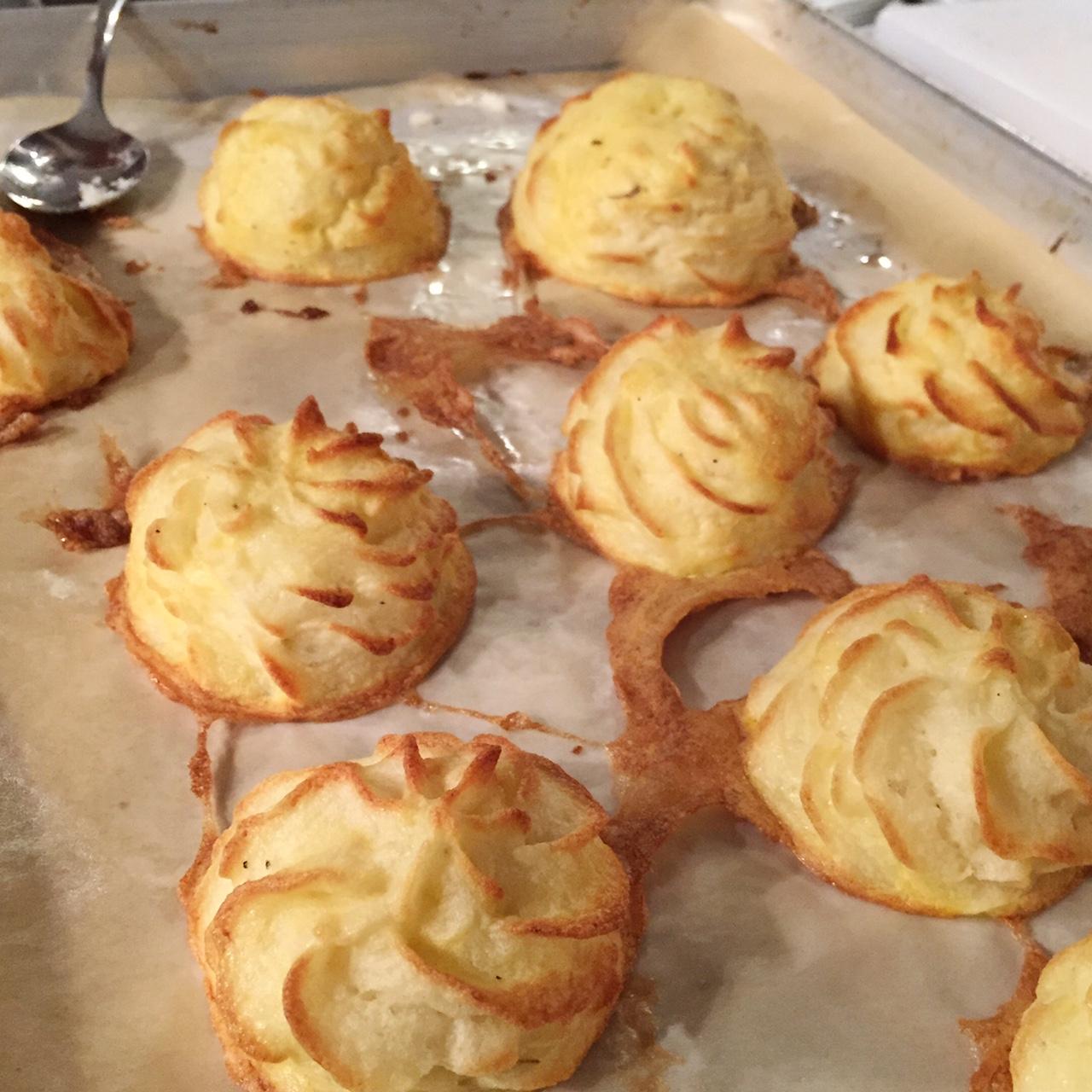 Culinary School Potatoes Duchess •theVintageMixer.com #culinaryschool