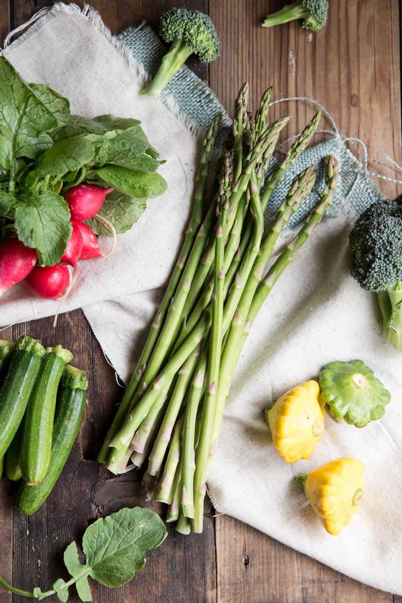 Quinoa Primavera Recipe • theVintageMixer.com #eatseasonal