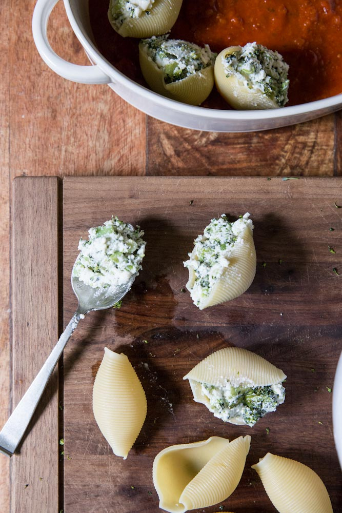 Roasted Broccoli Stuffed Shells Recipe • theVintageMixer.com #pasta