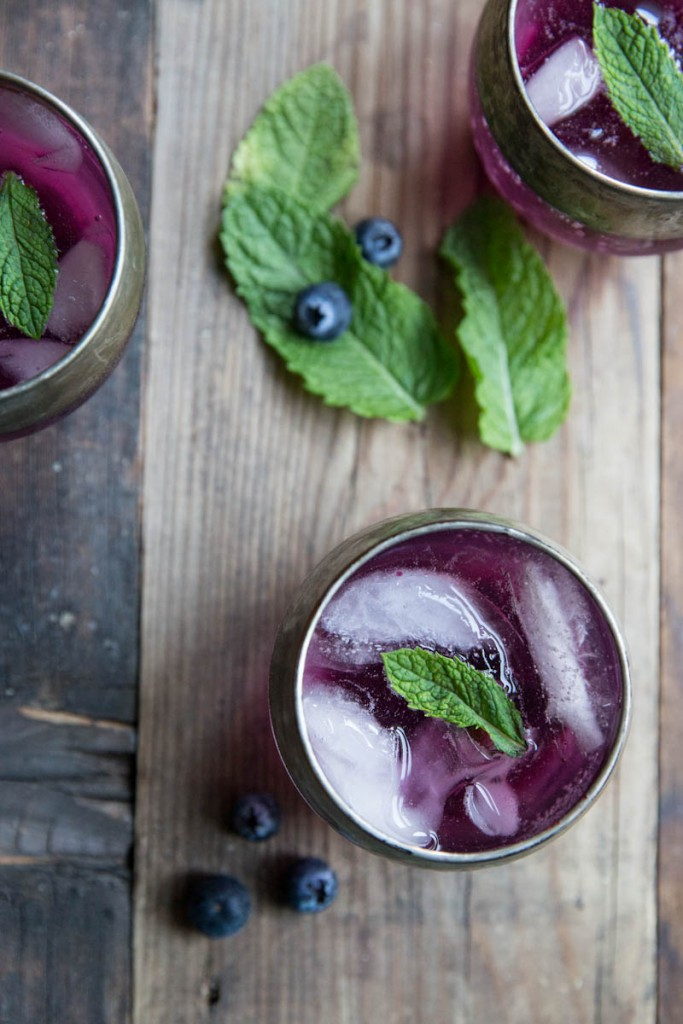 blueberry mint gin cocktail recipe • theVintageMixer.com #cocktail
