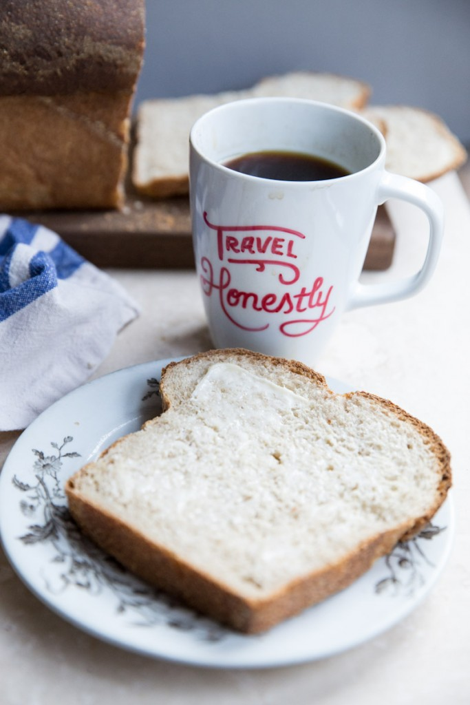 Homemade Sourdough Bread Recipe • theVintageMixer.com #bread #homemadebread #sourdoughbread