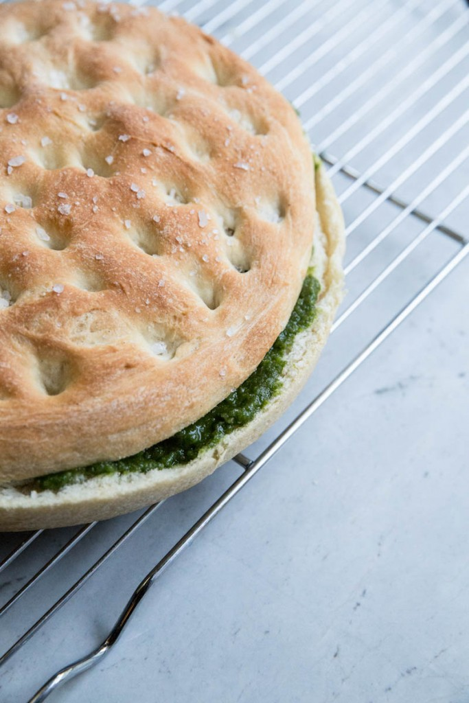 Pesto Filled Focaccia Bread Recipe •theVintageMixer.com #breadrecipe #focaccia #Italianfocaccia