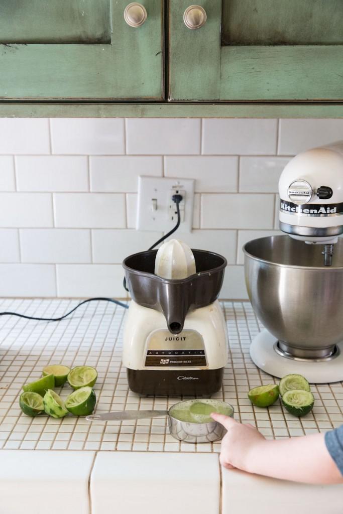 Kiwi Lime Sherbet Recipe • theVintageMixer.com #icecream #stpatricksdayrecipe #sherbet #lime #kiwi #eatseasonal