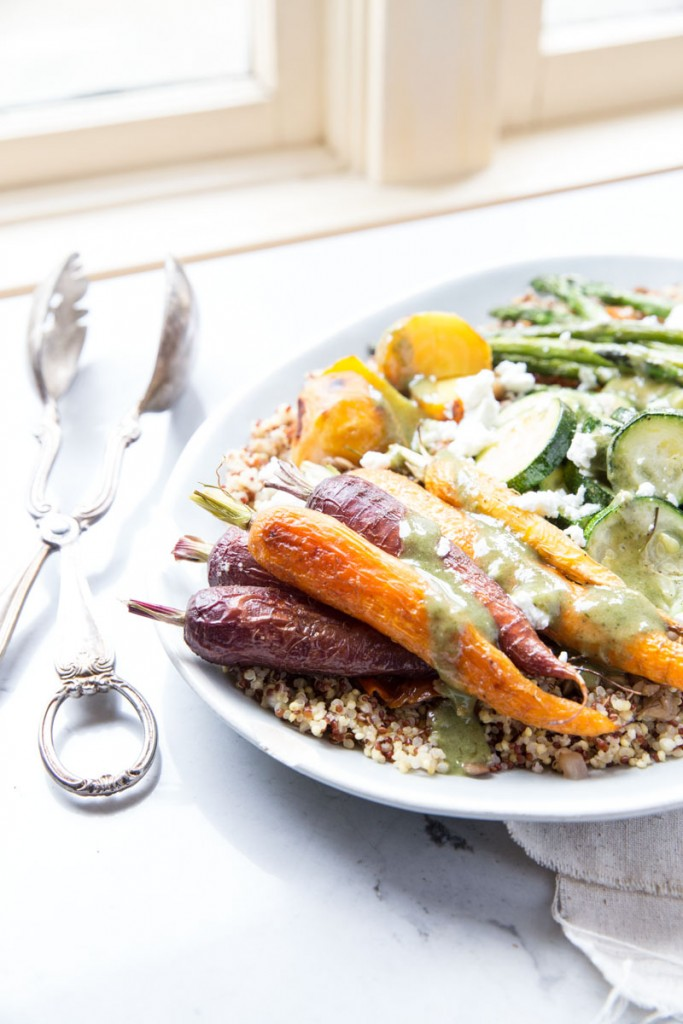 Quinoa and Lentils with Roasted Veggies • theVintageMixer.com #healthyrecipe #quinoarecipe