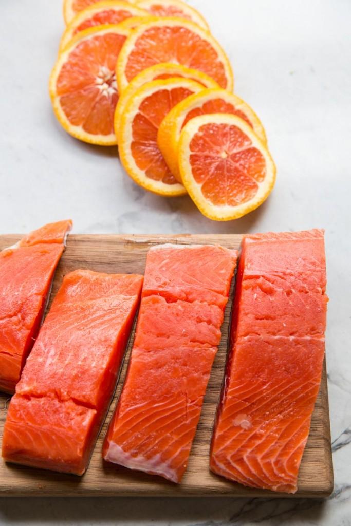 Orange Sesame Sheet Pan Salmon Recipe • theVintageMixer.com #salmonrecipe #easydinner #healthydinner #myharmons