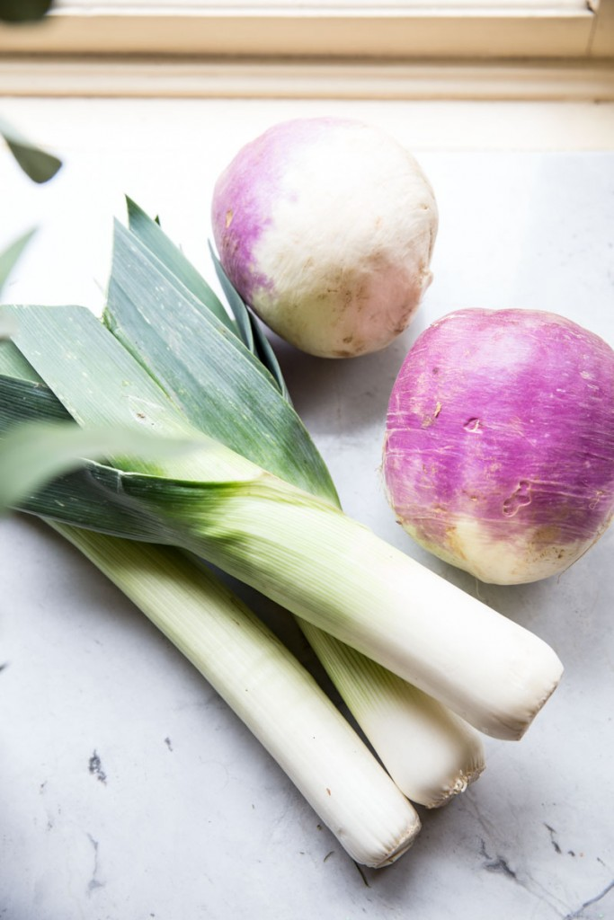 Turnip and Leek Soup Recipe • theVintageMixer.com #eatseasonal #soup #vegan #paleo #whole30 #glutenfree