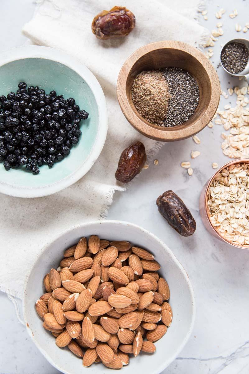 Simple Unprocessed Ingredients make up this healthy energy bites