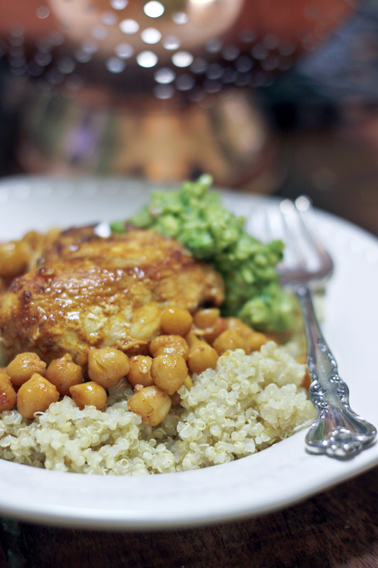 Moroccan Chicken with chickpeas and avocado recipe