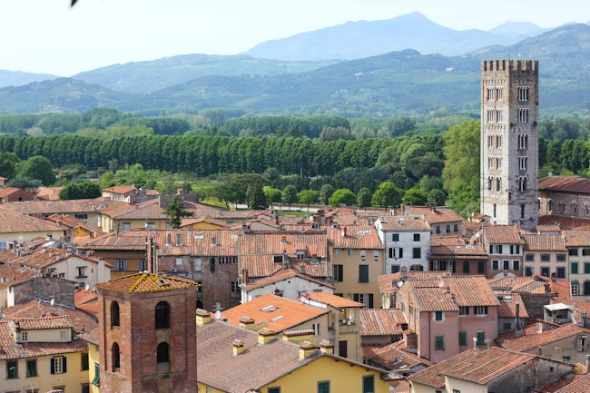 Lodging and Dining in Lucca Italy