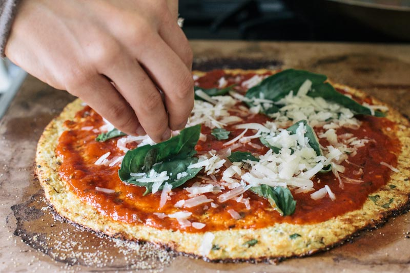 Cauliflower Pizza Crust Recipe #glutenfree #paleo • thevintagemixer ...