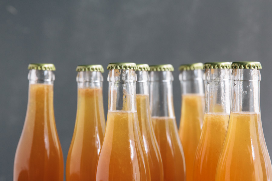 How to bottle your own cocktail for a holiday party