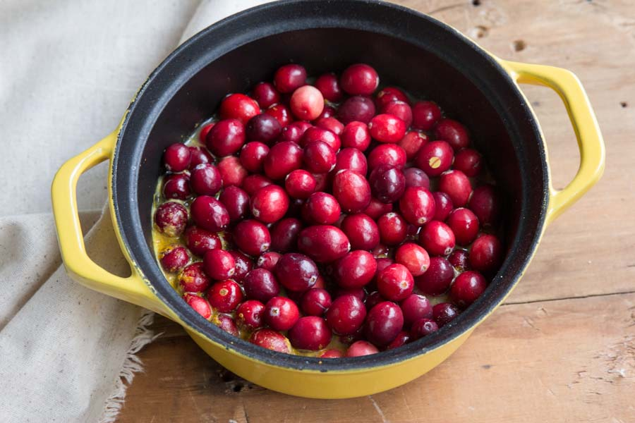 Sugar free Cranberry Sauce Recipe with Slide Ridge Honey