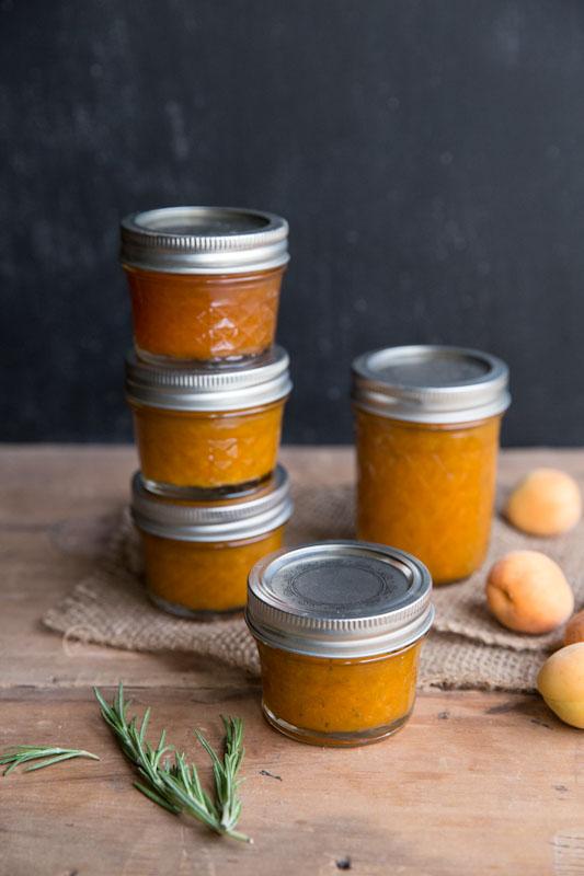 apricot rosemary jam recipe • theVintageMixer.com #canning #preserving