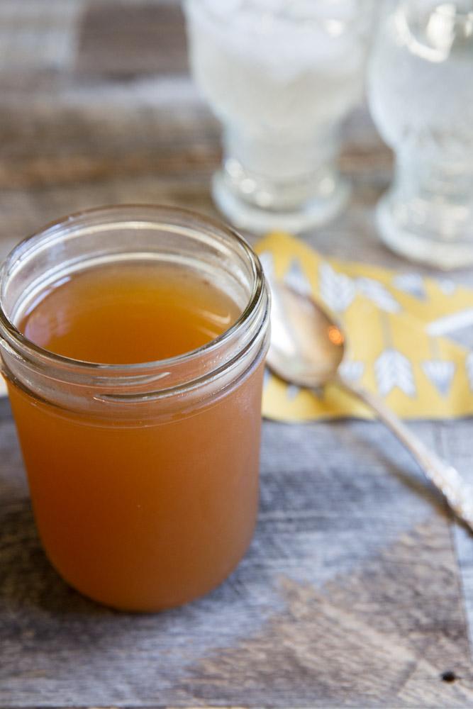 Apricot Shrub Recipe- great for cocktails or homemade sodas • theVintageMixer.com