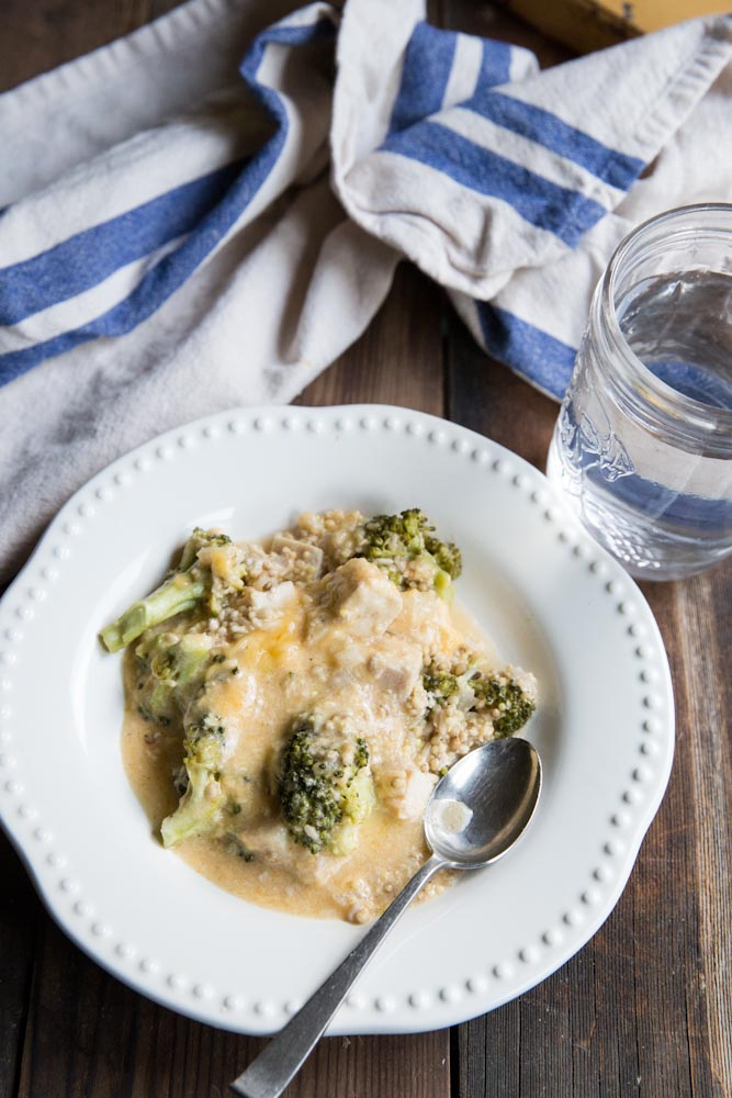 Slow Cooker Cheesy Chicken and Broccoli Recipe • theVintageMixer.com