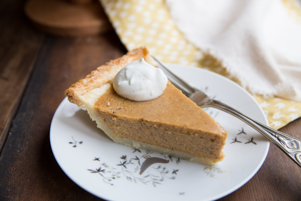 Pumpkin Sweet Potato Pie with maple and vanilla • theVintageMixer.com #pie #Thanksgiving