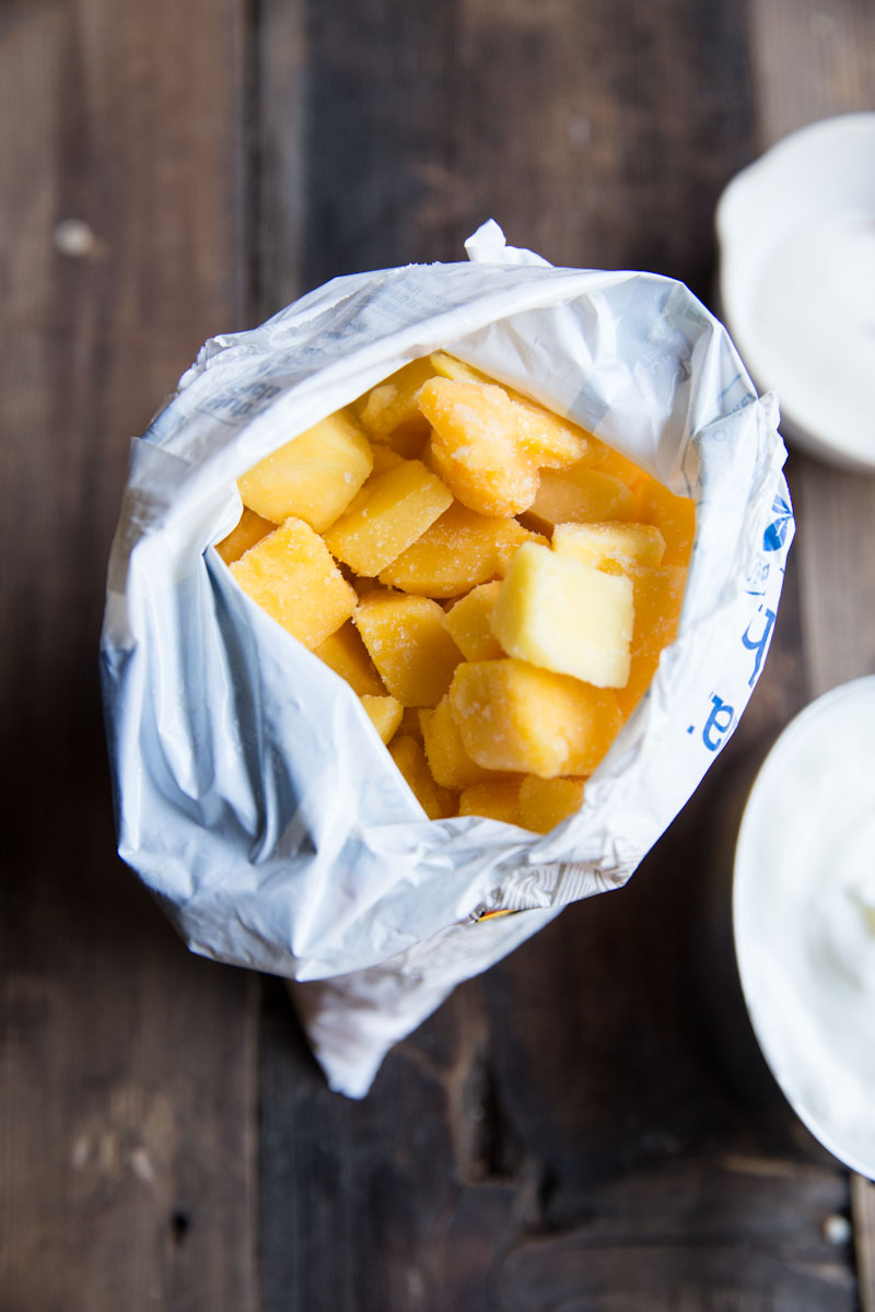 Mango Lassi Recipe • theVintageMixer.com #mango #smoothie