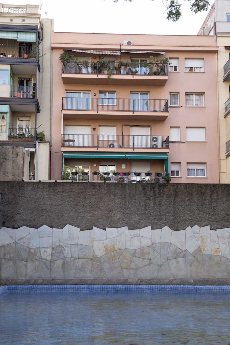 Barcelona Spain • theVintageMixer.com #barcelona