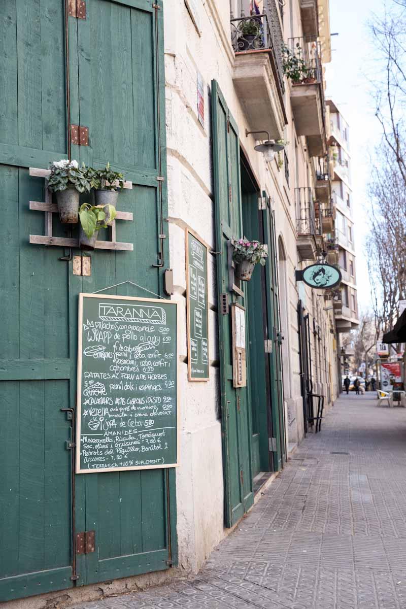 food in Barcelona Spain • theVintageMixer.com #barcelona