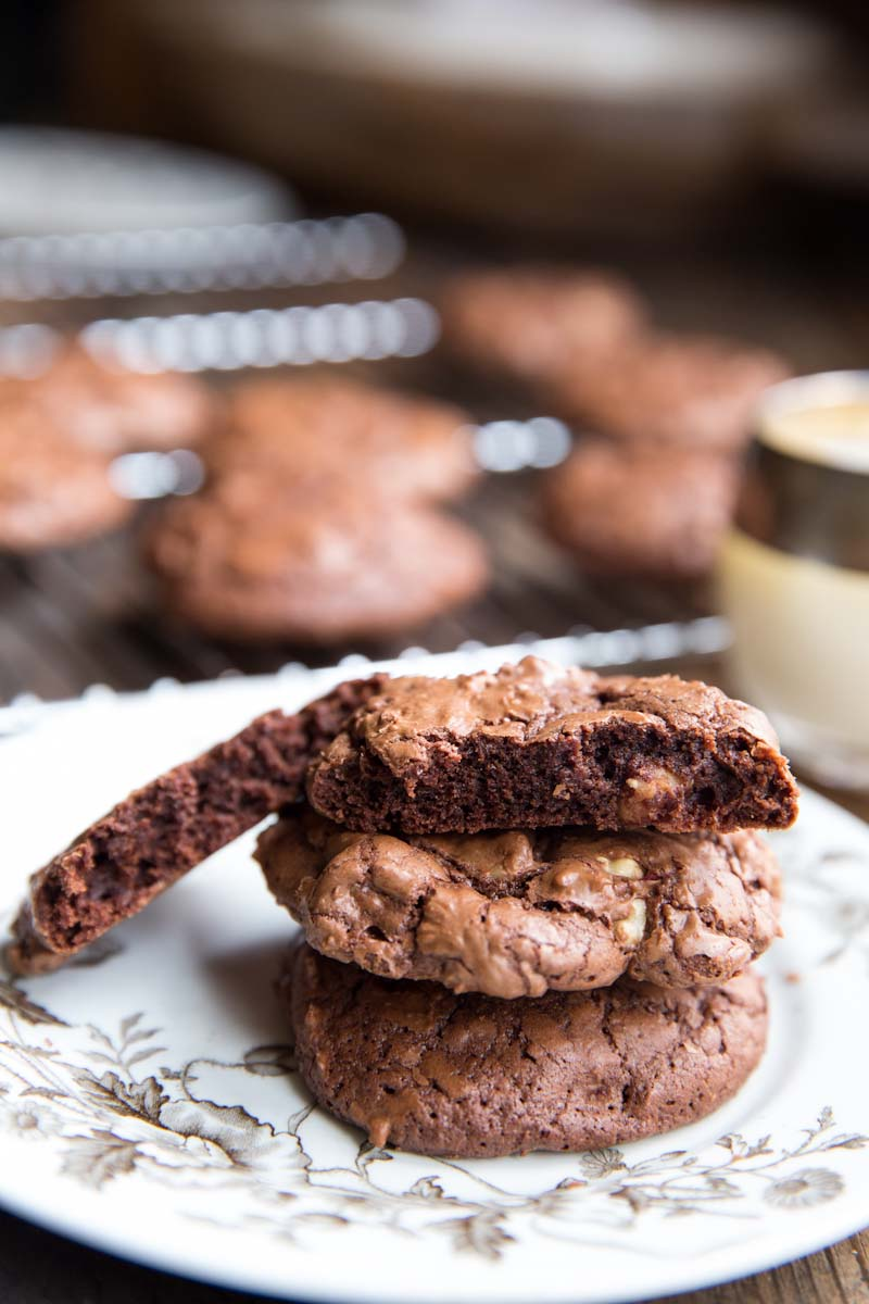 Chewy Chocolate Cookie Recipe • theVintageMixer.com #cookies #chocolate