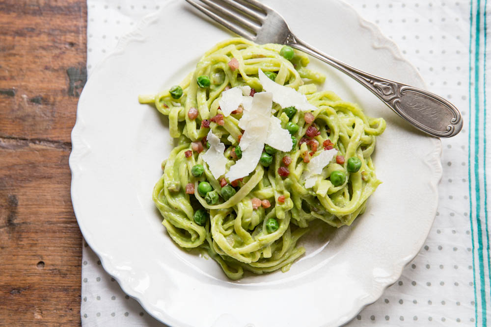 Fresh Pea Carbonara Pasta Recipe