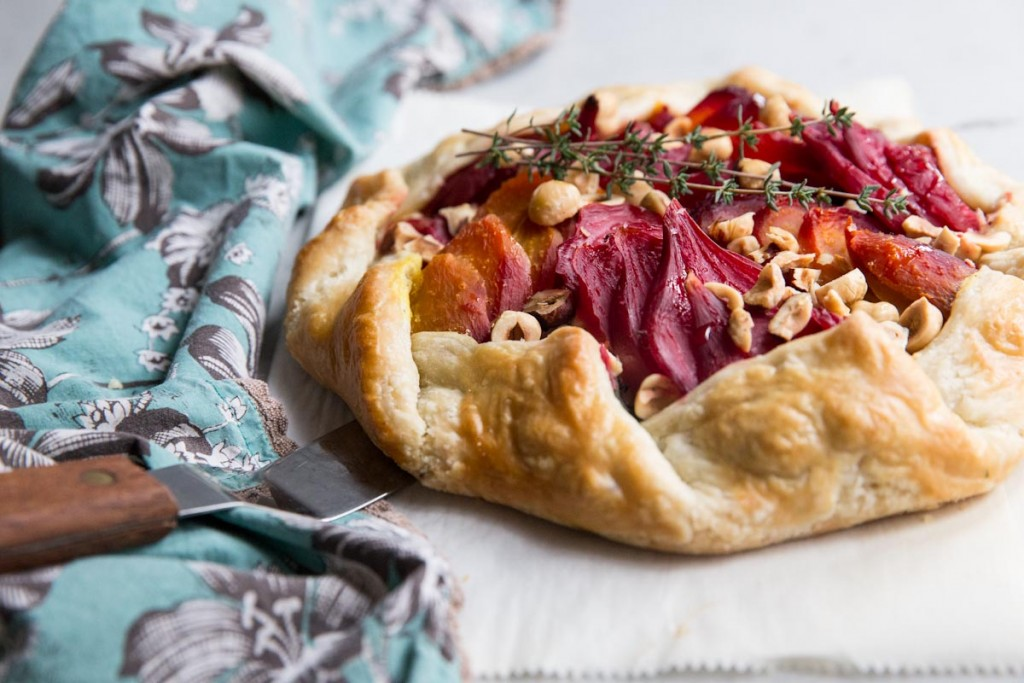 Beet and Goat Cheese Galette with Hazelnuts and Honey •theVintageMixer.com #eatseasonal #beets