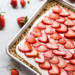 Strawberries and Cream Oat Bars
