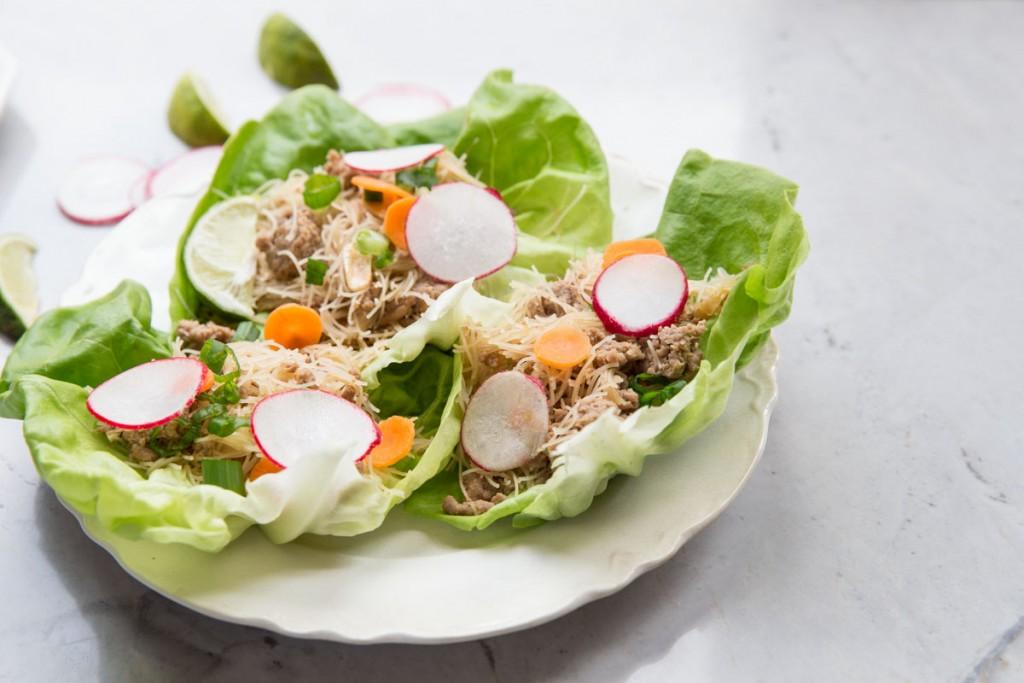 Chicken Lettuce Wraps  •theVintageMixer.com #heatlhyrecipe #glutenfreerecipe #lettucewraps #chickenrecipe