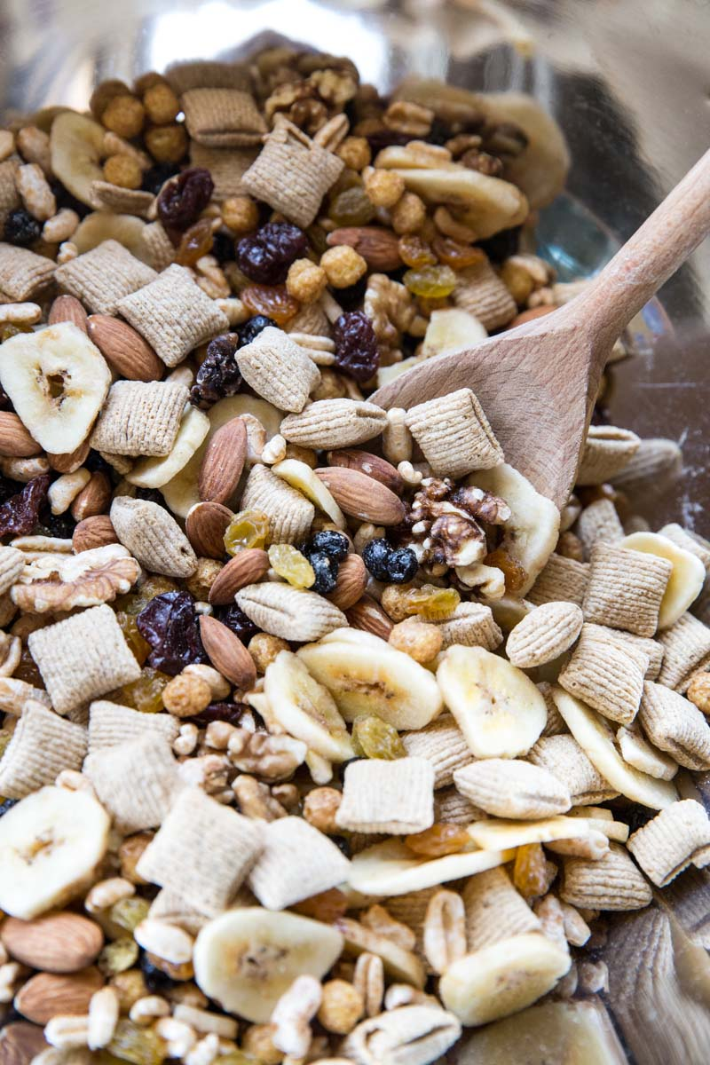 Let everyone in the family pick out a few ingredients for this healthy family trail mix