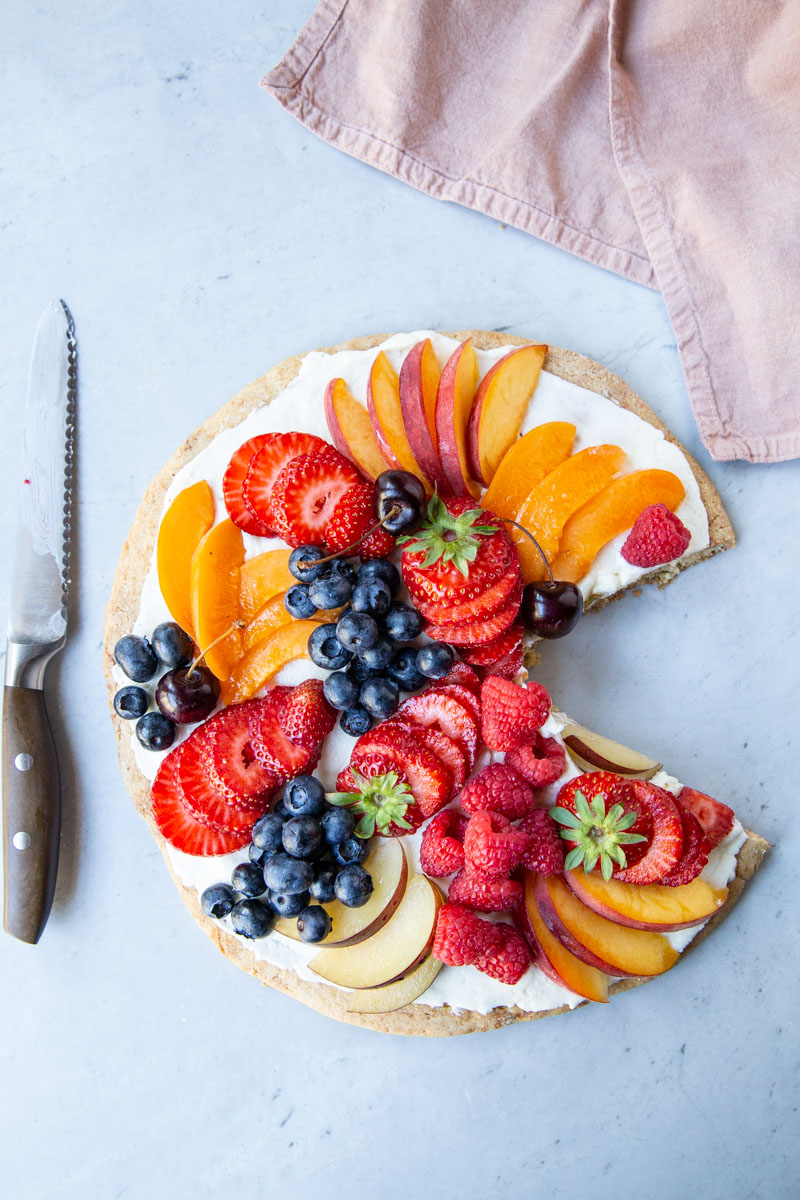 Make this healthy Fruit Pizza using all of the best ripe Summer fruit.