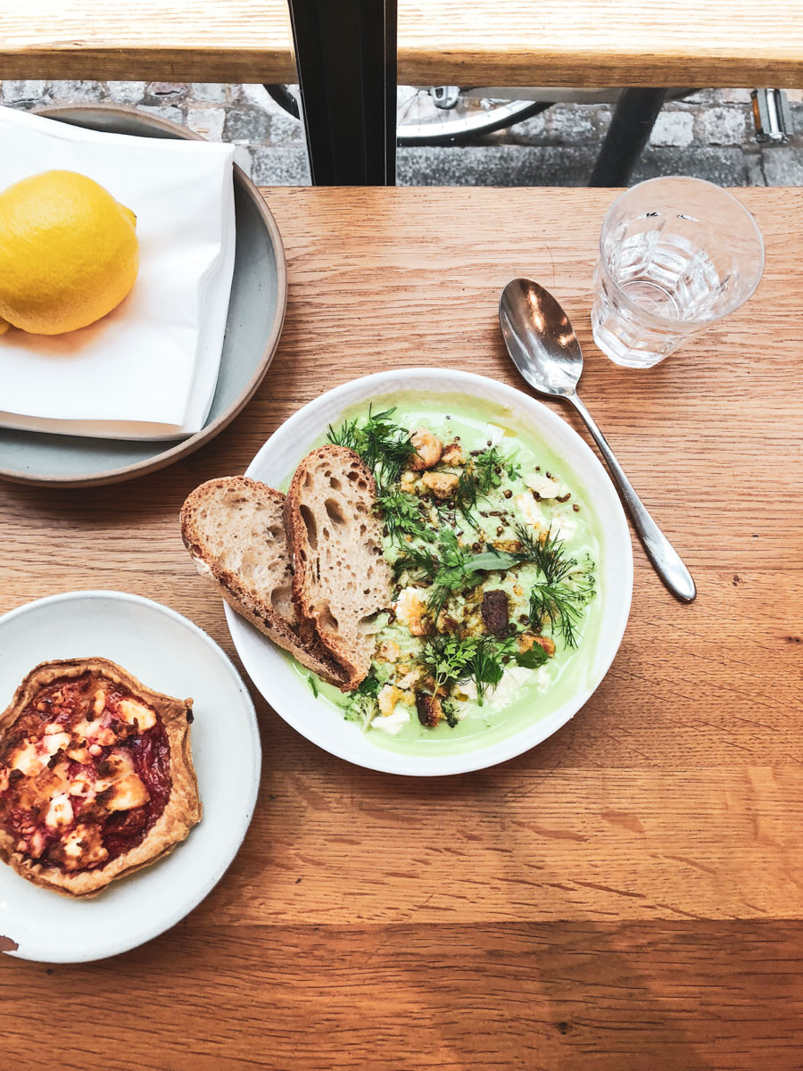 Frenchie-to-go is an excellent lunch spot in Paris.