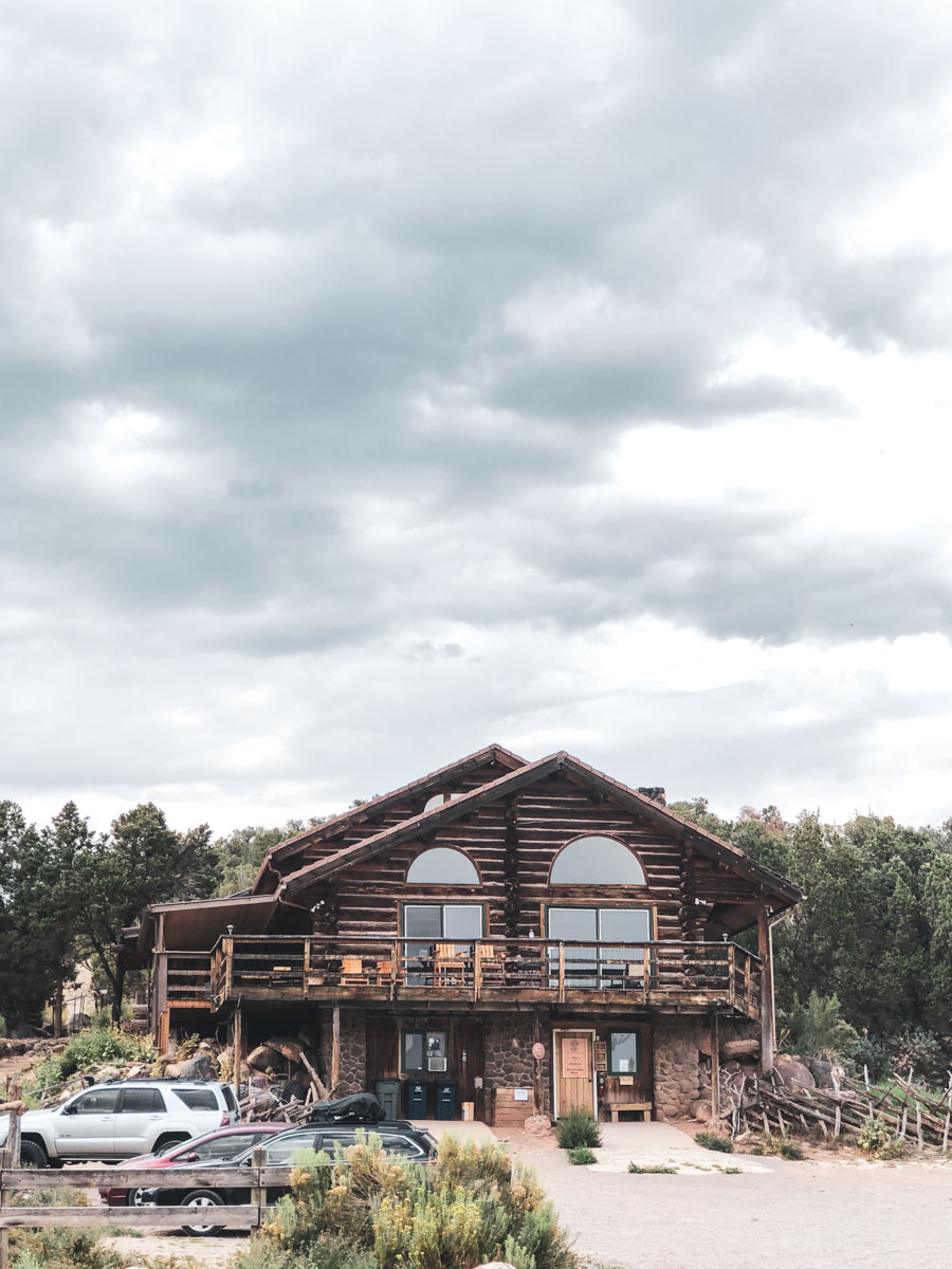 A great lodge to stay at in Boulder, Utah.