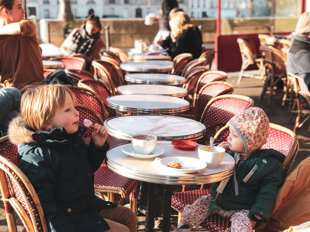 All the tips you need to successfully eat out in Paris with young kids
